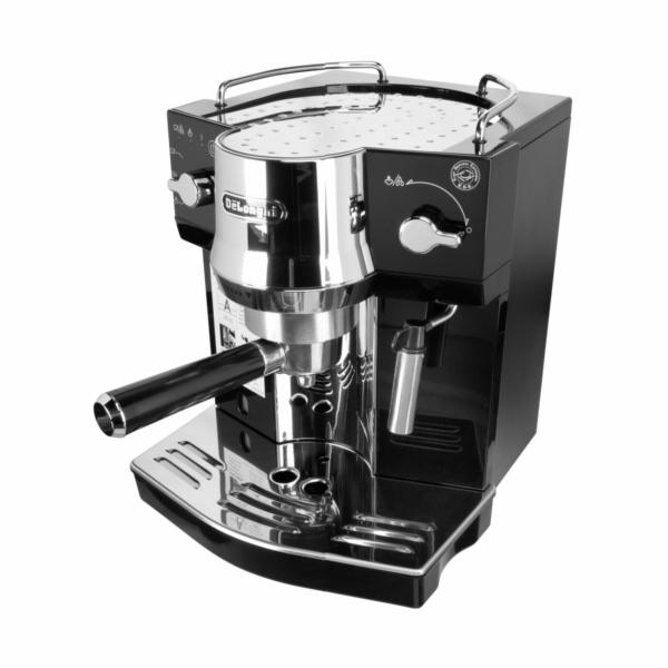 Kávovar DeLonghi EC 820B černý
