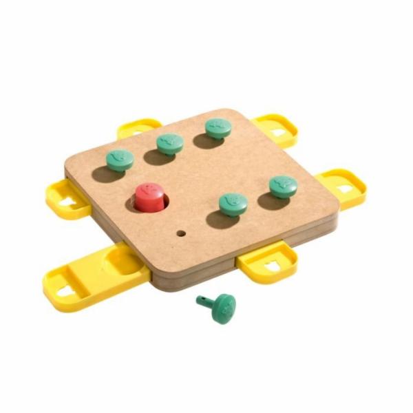 Karlie Interaktivní hračka pro psy CUBE 32x32x5cm