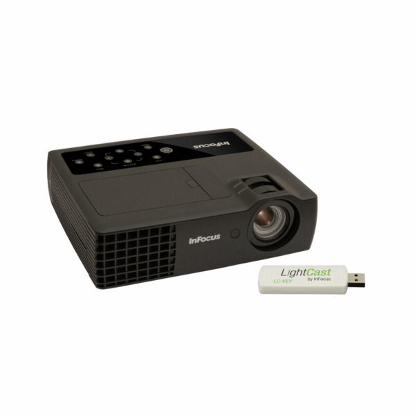 InFocus IN1118HD + LightCast