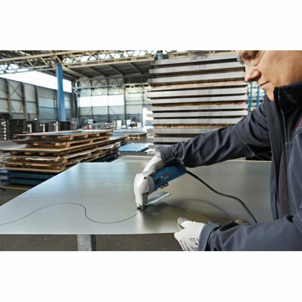 Elektrické nůžky na plech Bosch GSC 75-16 (750 W; střih 1,6 mm) - předváděcí kus